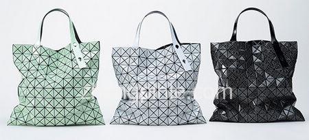 Issey Miyake三宅一生设计的几何图案包