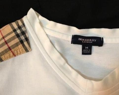 BurberryT恤领标图示