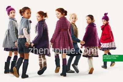 贝纳通Benetton服装主要是针对年轻人及儿童