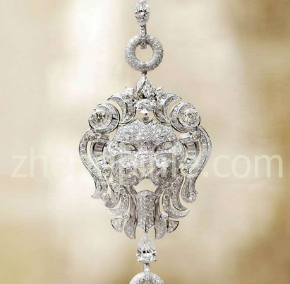 """香奈儿""""狮王荣耀""""钻石项链"""