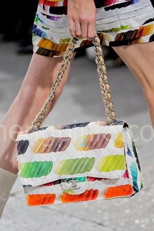 2014米兰时装周香奈儿女包新款1