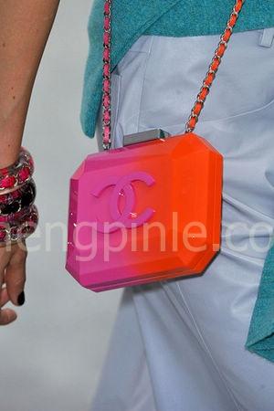 2014米兰时装周香奈儿女包新款2