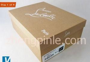 红底鞋Christian Louboutin的包装盒