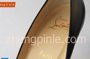 红底鞋Christian Louboutin的鞋垫