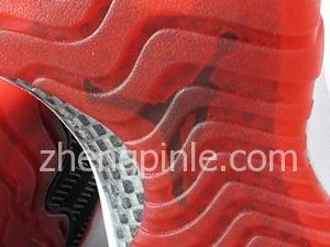 乔丹11鞋底的碳纤维板