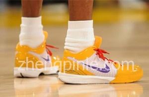 科比ZK4低帮篮球鞋