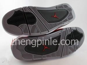乔丹4代鞋底
