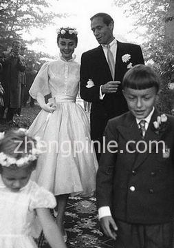 巴尔曼Balmain为奥黛丽赫本设计的婚纱