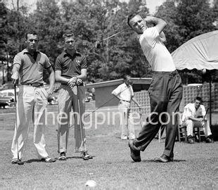 Arnold Palmer 花雨伞品牌故事