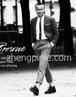 美国服装设计师桑姆·布郎尼Thom Browne自己代言男装