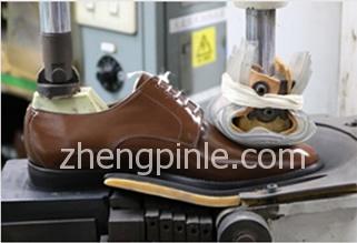 固特异制鞋之定型