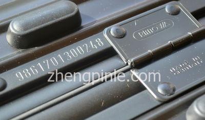 旧版日默瓦序列号钢印