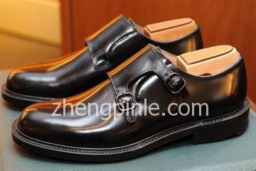 Church's手工固特异皮鞋
