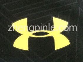 正品UA安德玛紧身衣标志