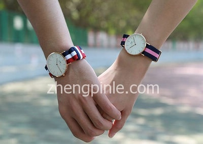 Daniel Wellington(DW)情侣款腕表