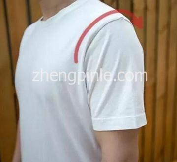 不同版型T恤衫的上身效果3