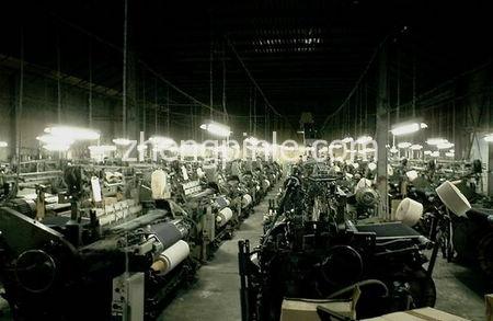 日本老式丹宁牛仔布织机