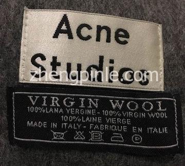 真假Acne Studios围巾洗标对比