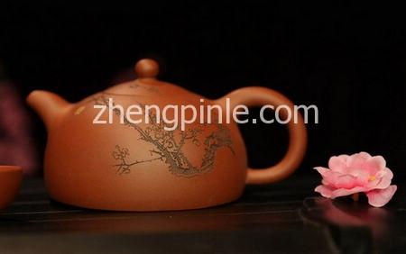 红泥料紫砂壶
