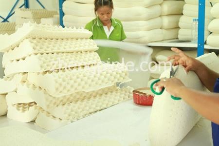 乳胶枕头加工制造流程