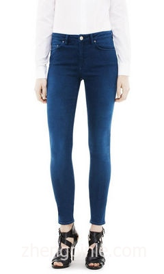Acne牛仔裤