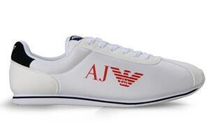 Armani Jeans的鞋子