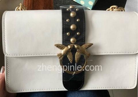 假意大利PINKO燕子包的细节