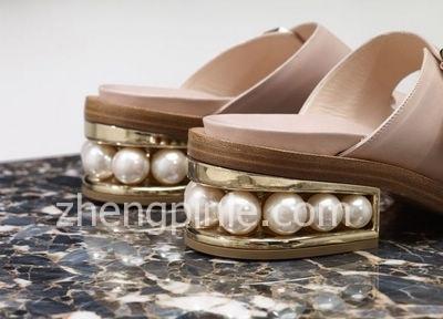 Nicholas Kirkwood 珍珠鞋
